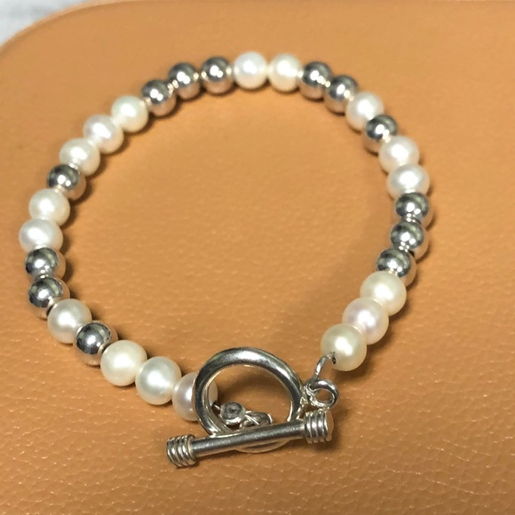 Silpada Sterling Silver and Pearl Bracelet